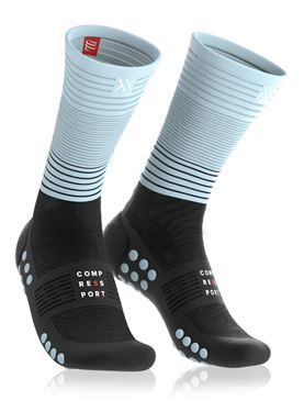 Picture of COMPRESSPORT - MID COMPRESSION RUN SOCKS ICE BLUE